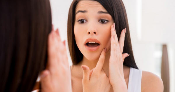 How to Effectively Remove Dark Spots & Acne Scars